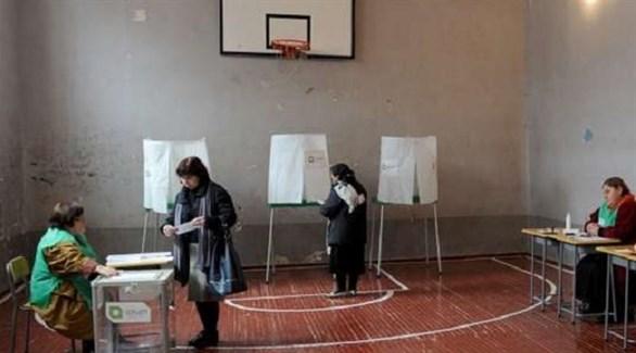 جورجيات في مكتب انتخابي (أرشيف)