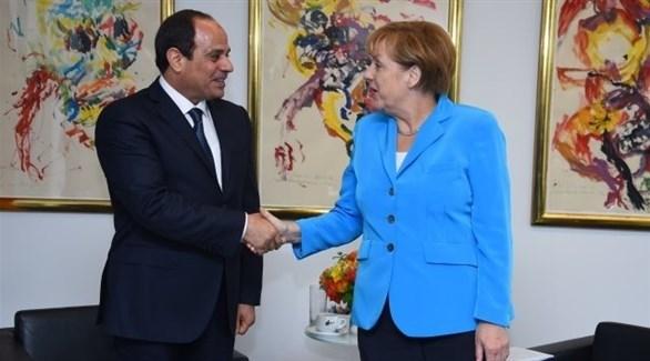 الرئيس عبد الفتاح السيسي والمستشارة الألمانية أنجيلا ميركل (أرشيفية)