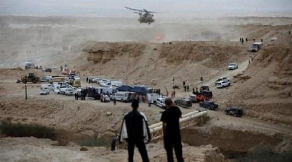 مروحية أردنية تحلق بحثاً عن المفقودين في سيول البحر الميت (أرشيف)