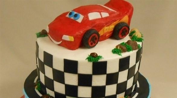 تيمة السيارات لكعكة عيد الميلاد