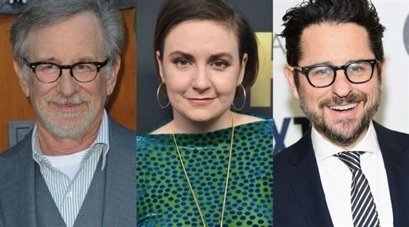 المخرج جي جي أبرامز والكاتبة والممثلة لينا دونهام والمخرج ستيفن سبيلرغ
