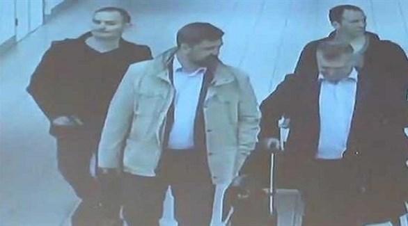 تضم لائحة الاتهام الأمريكية الروس الأربعة الذين طردتهم السلطات الهولندية (دي تلغراف الهولندية)