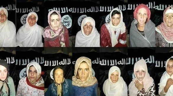 صورة تظهر عدد من مختطفات السويداء لدى داعش (مواقع سورية)