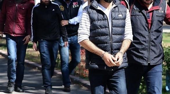 قوات أمنية تركية تعتقل أعضاء في حزب العمال الكردستاني (الأناضول)