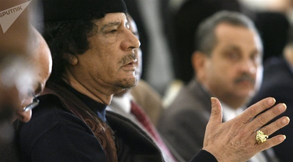 الرئيس الليبي الراحل معمر القذافي (أرشيف)