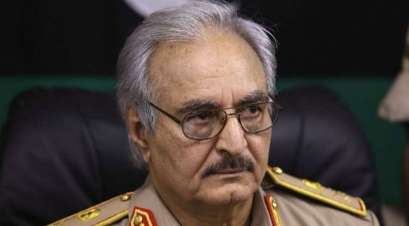 قائد الجيش الليبي المشير خليفة حفتر (أرشيف)