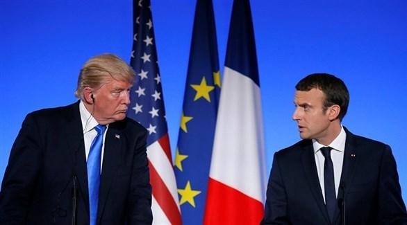 الرئيس الفرنسي إيمانويل ماكرون ونظيره الأمريكي دونالد ترامب (أرشيف)
