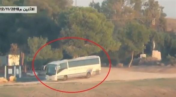 لحظة استهداف حافلة جنود اسرائيليين (فيديو للقسام)