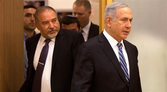 رئيس الوزراء الإسرائيلي بنيامين نتانياهو ووزير الدفاع المستقيل أفغدور ليبرمان (أرشيف)