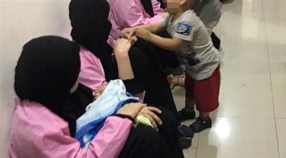 نساء وأطفال أجانب ينتمين إلى عائلات المقاتلين المرتبطين بداعش (أرشيف)