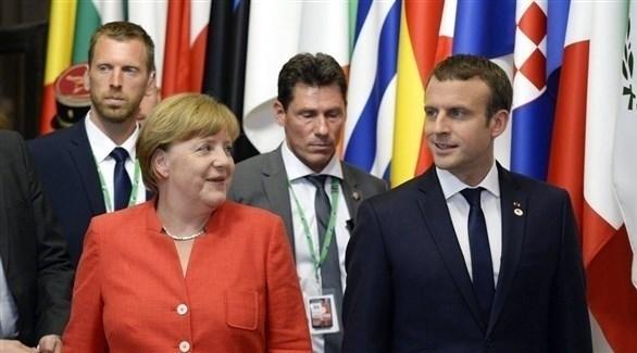 الرئيس الفرنسي إيمانويل ماكرون والمستشارة الألمانية أنجيلا ميركل (أرشيف)