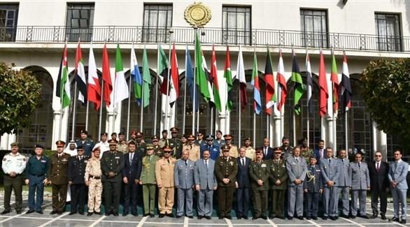 رؤساء هيئات تدريب الجيوش العربية في صورة جماعية (جامعة الدول العربية)