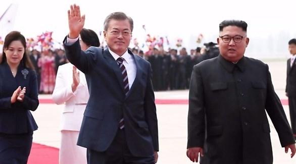الزعيمان الكوري الشمالي كيم جونغ أون والكوري الجنوبي مون جاي إن (أرشيف)