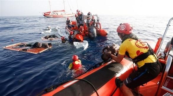 أثناء محاولة إنقاذ مهاجرين غير شرعيين قبالة سواحل ليبيا (أرشيف)