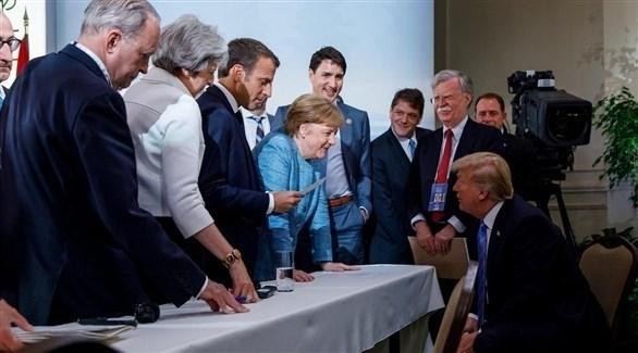 الرئيس الأمريكي دونالد ترامب وزعماء الاتحاد الأوروبي (أرشيف)