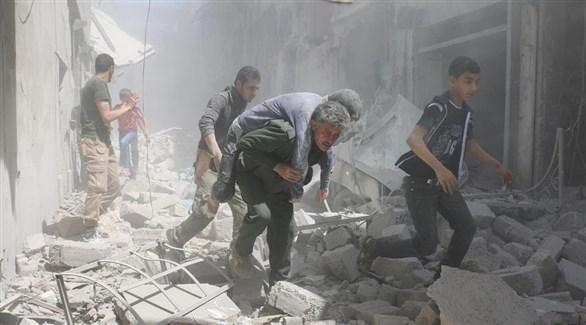 جريح سوري بقصف النظام السوري على حلب (أرشيف)