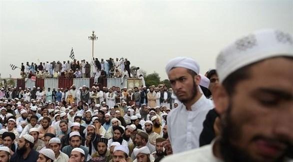 باكستانيون يحتجون على إلغاء الحكم بإعدام آسيا بيبي (أ ف ب)