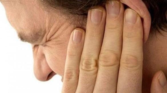 بثور الأذن تنشأ نتيجة غياب النظافة الشخصية