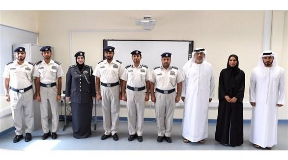 تعاون بين شرطة أبوظبي والتعليم والمعرفة (تويتر)