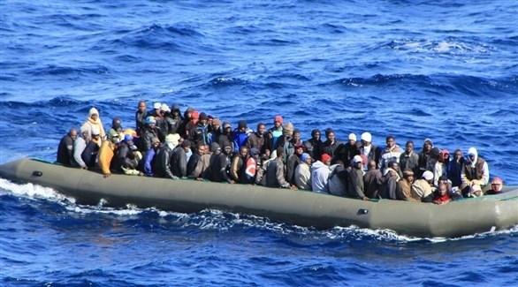 مهاجرون غير  شرعيون في عرض البحر (أرشيف)