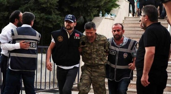 اعتقال عسكري تركي بتهمة الانقلاب (أرشيف)
