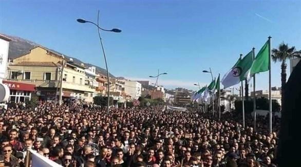 احتجاجات في الجزائر (تويتر)