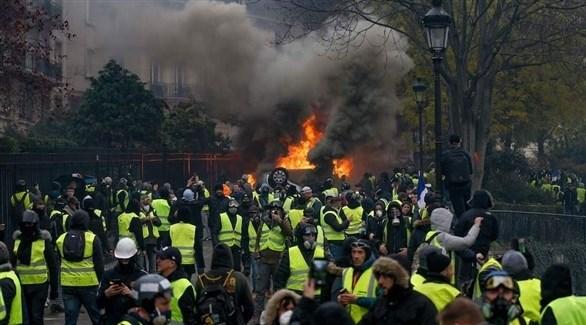عنف يتخلل التظاهرات في باريس (تويتر)
