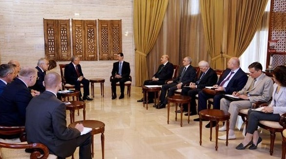 الرئيس السوري خلال لقائه مع الوفد الروسي (سانا)