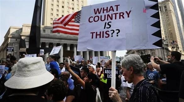 مناهضون  لسياسة ترامب بفصل الأطفال عن ذويهم على حدود الولايات المتحدة (أرشيف)