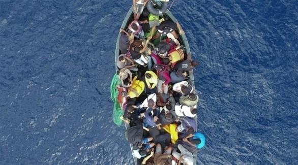 مهاجرون في عرض البحر الأبيض المتوسط (أرشيف)