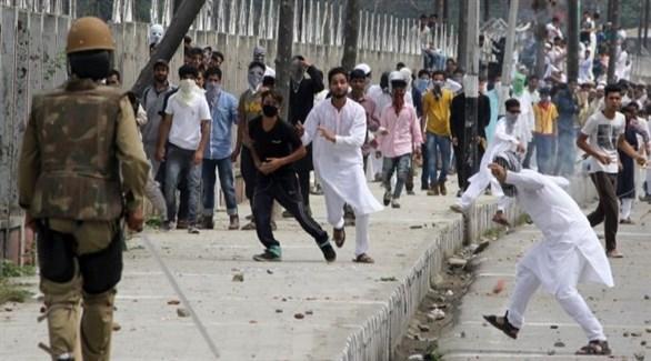 مواجهات في كشمير الهندية بين محتجين وقوات الأمن (أرشيف)