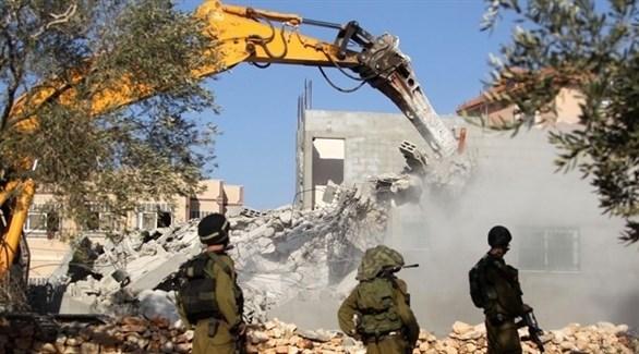 جيش الاحتلال الإسرائيلي خلال هدمه أحد المنازل شرق القدس (أرشيف)