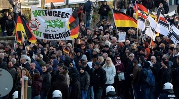 تظاهرة للنازيين الجدد ضد المهاجرين في ألمانيا (أ ف ب)