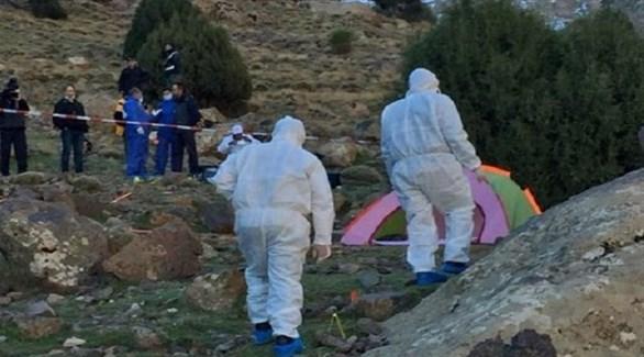 الشرطة العلمية المغربية في موقع الجريمة لجمع الأدلة والعينات (هيسبريس)