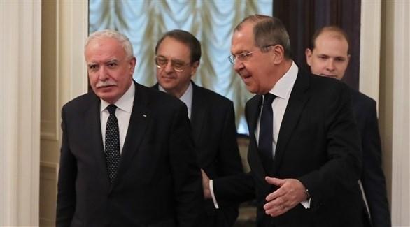 وزير الخارجية الروسي لافروف مع وزير خارجية السلطة الفلسطينية المالكي في موسكو (إ ب أ)