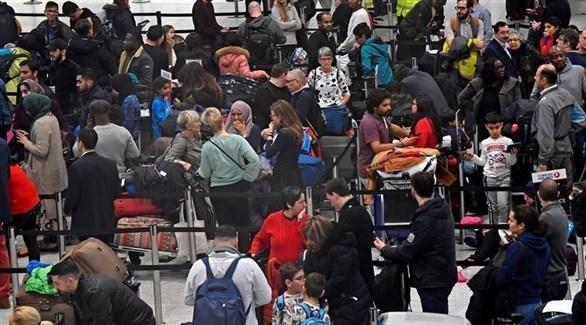 توقف حركة الطيران في مطار جاتويك البريطاني (تويتر)