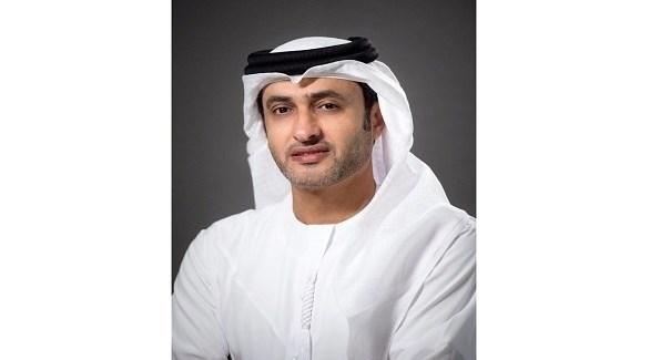 الدكتور حمد سيف الشامسى