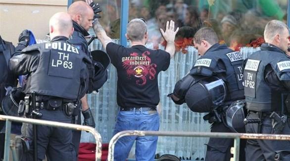 الشرطة الألمانية في تظاهرة لنازيين جدد (أرشيف)