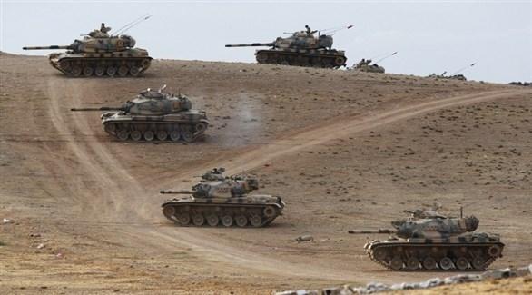 آليات عسكرية تركية قرب الحدود السورية (أرشيف)