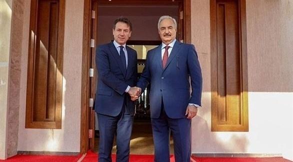 حفتر يستقبل رئيس الوزراء الإيطالي بمقر القيادة العامة الليبية (الوسط)