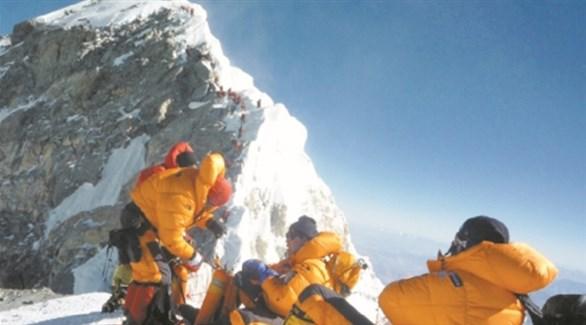 شيربا نيباليون على جبل إيفرست (أرشيف)