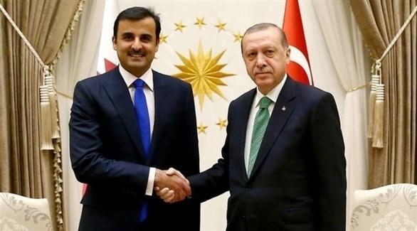 الرئيس التركي رجب طيب أردوغان وأمير قطر تميم بن حمد (أرشيف)