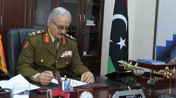 القائد العسكري الليبي خليفة حفتر (أرشيف)