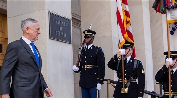 وزير الدفاع الأمريكي المستقيل جيم ماتيس مغادراً البنتاغون (اي بي ايه)