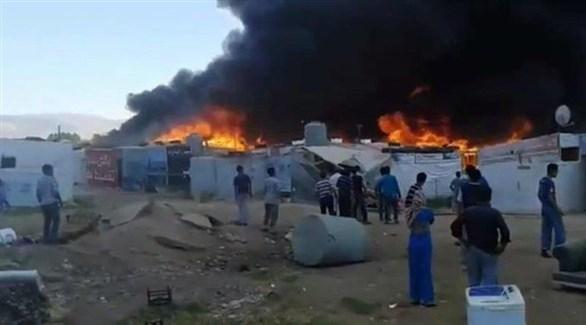حريق في مخيم للاجئين السوريين في سهل البقاع بلبنان (أرشيف)