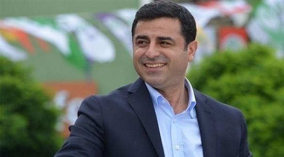 زعيم حزب الشعوب الديمقراطي الموالي للأكراد صلاح الدين دميرتاش (أرشيف)