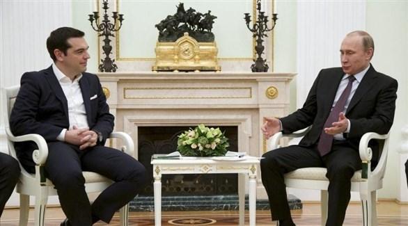 الرئيس الروسي فلاديمير بوتين ورئيس وزراء اليونان اليكسيس تسيبراس (أرشيف)