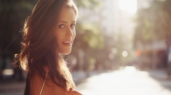 5 إطراءات تحب المرأة سماعها من زوجها باستمرار