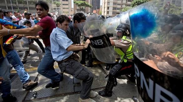 مواجهات بين الشرطة ومتظاهين في فنزويلا (أرشيف)