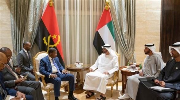 الشيخ محمد بن زايد والرئيس الأنغولي جواو مانويل لورينسو (تويتر)